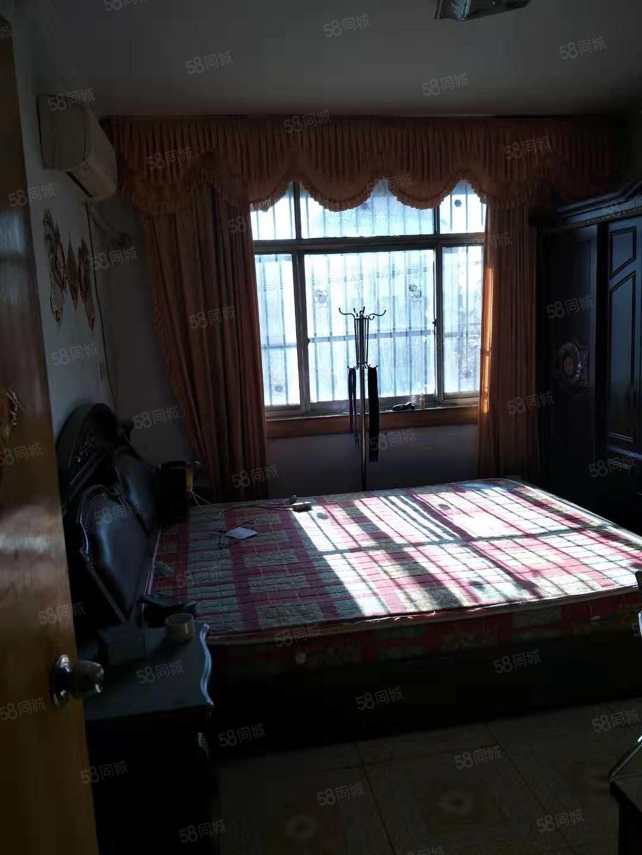 四季花城附近家属院简装两房,家具家电齐全