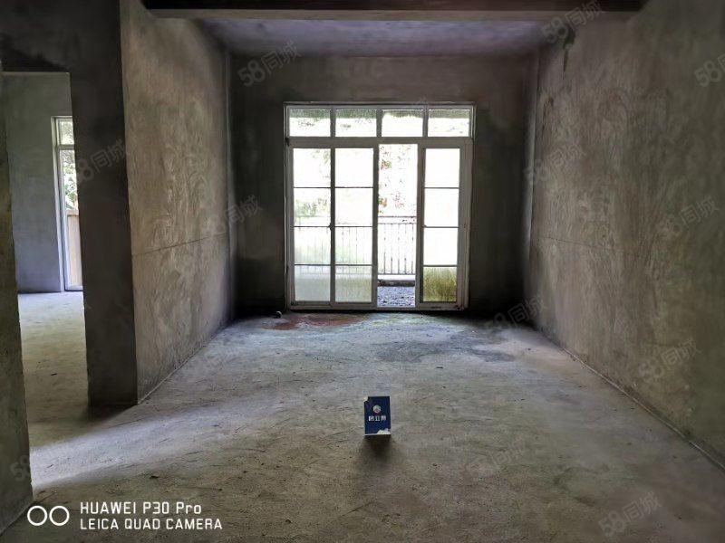 仙女山芳草地雪岭仙山两室一厅带大露台可改三室亏本出售