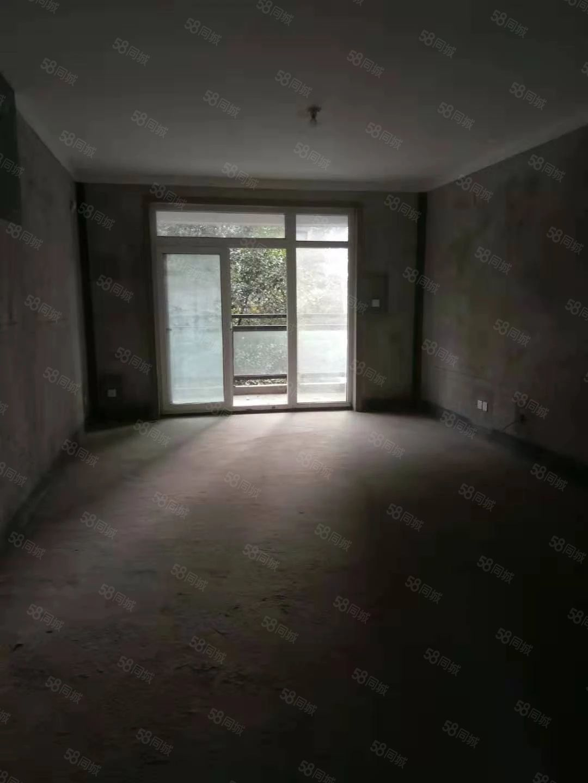 建业联盟新城,3室2厅2卫,130平,有证可按揭。