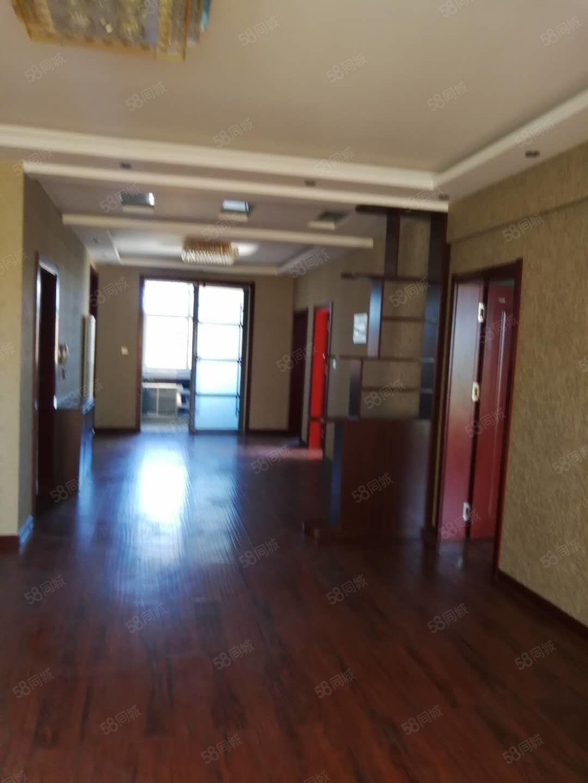 平安星城4层180平米4室2厅1卫精装带固定家具70万