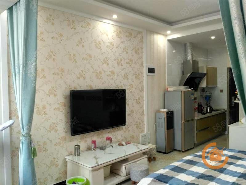 中央公�^精�b公寓配套�R全拎包入住看房子提前�系