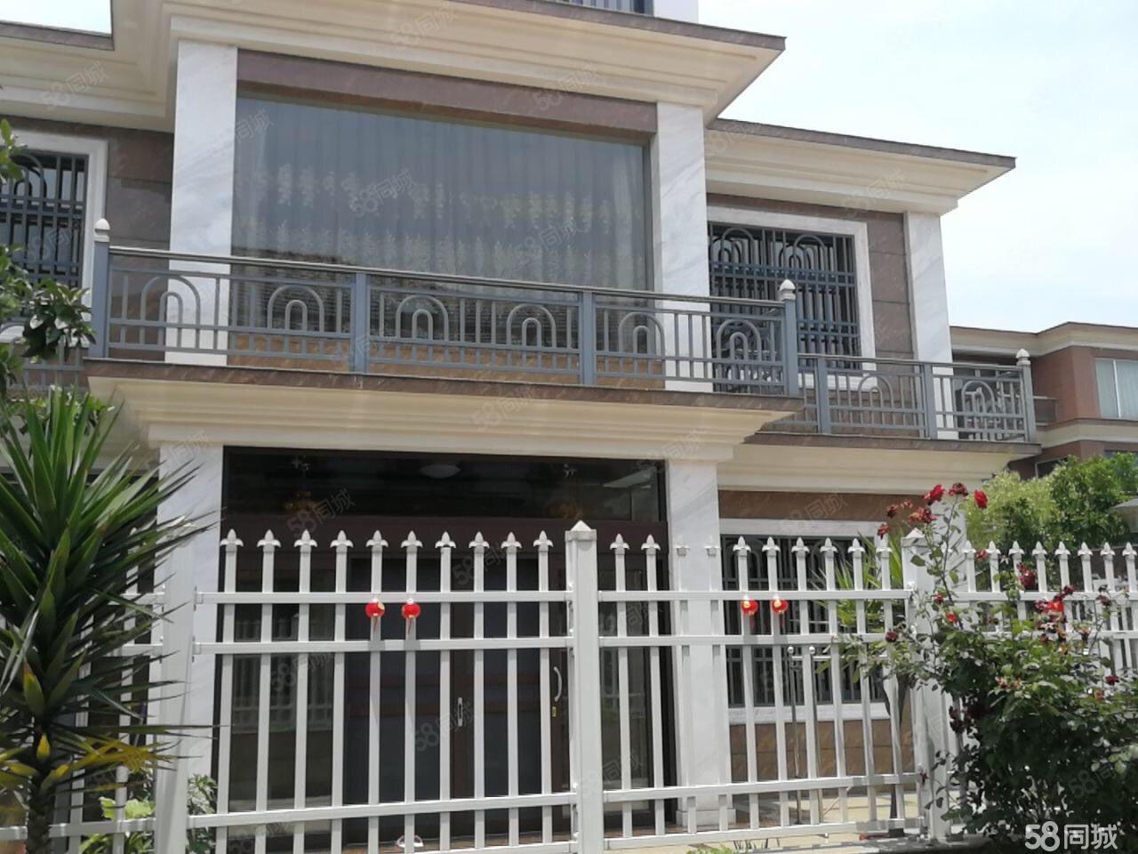 企东小区,出让别墅,306平,售520万。6室三厅4卫
