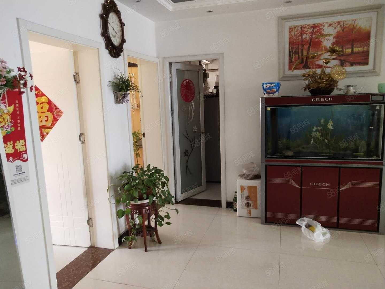 非凡景致2樓3室2廳126平方米另帶地下室22平方米
