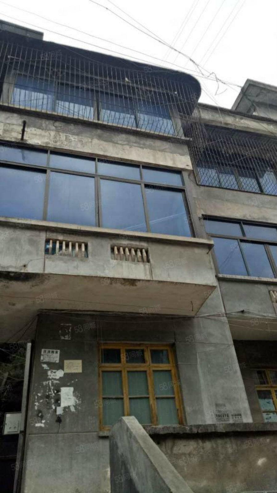 东西?#31561;?#29233;医院附近独栋民房二楼一底地段好上升空间大