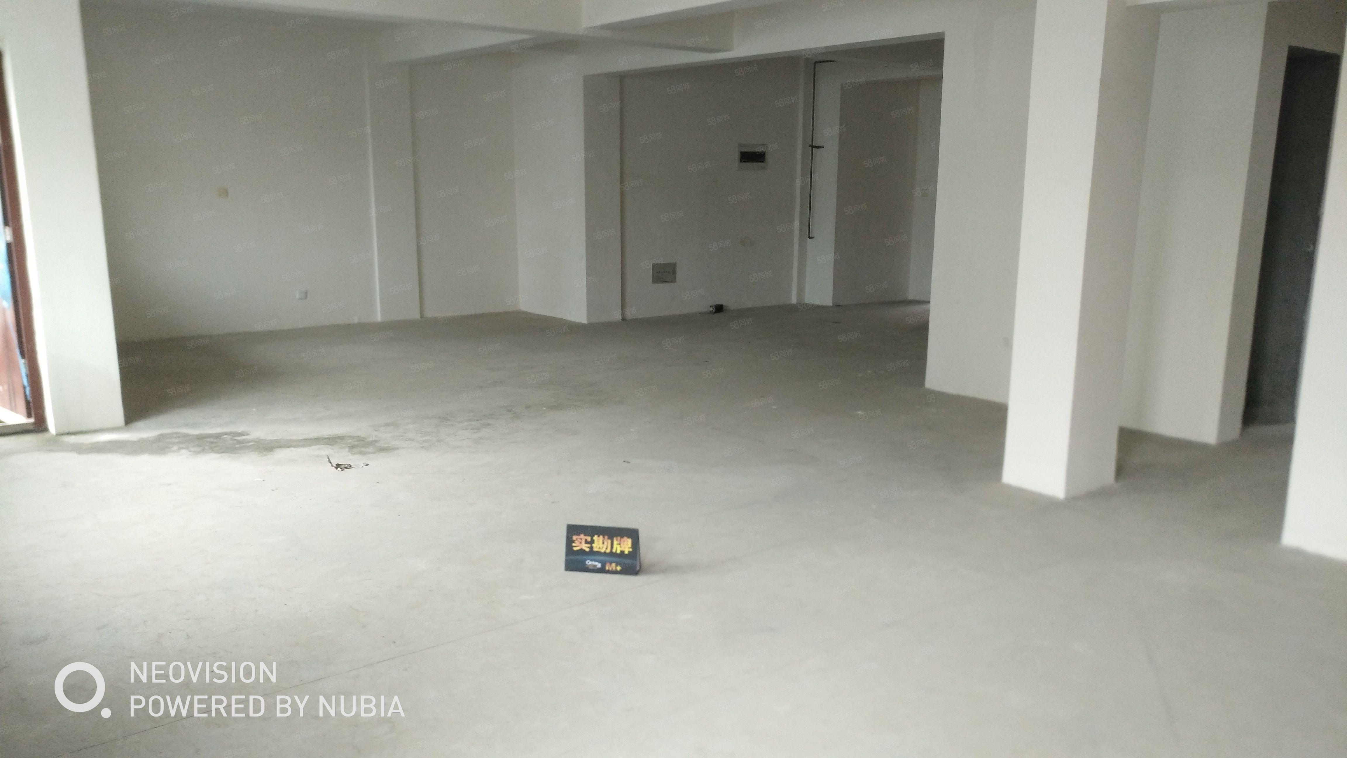 紫竹庭院3楼3室两厅1卫140平毛坯120万