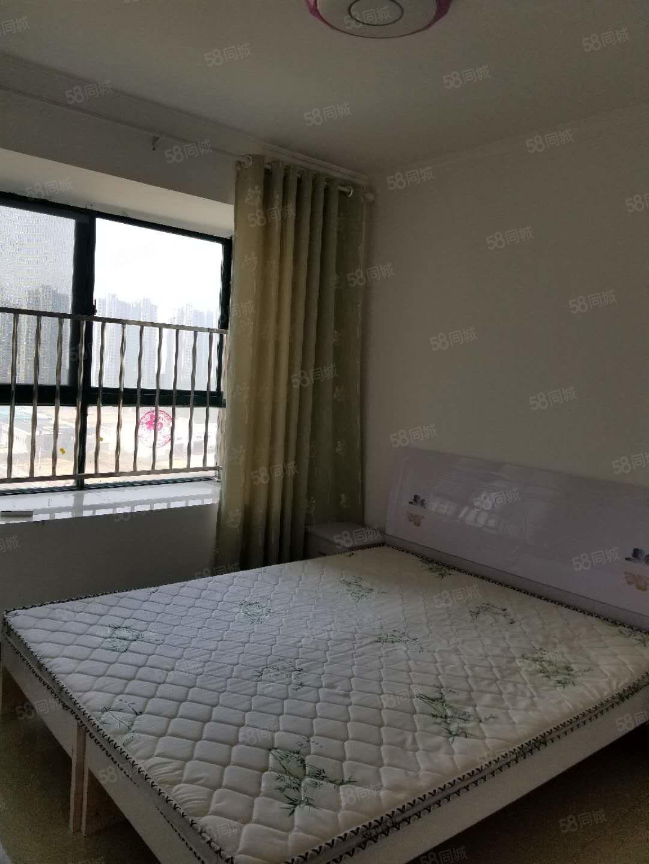 紧邻华耀城精装南向两居大阳台随时看房随时入住急租
