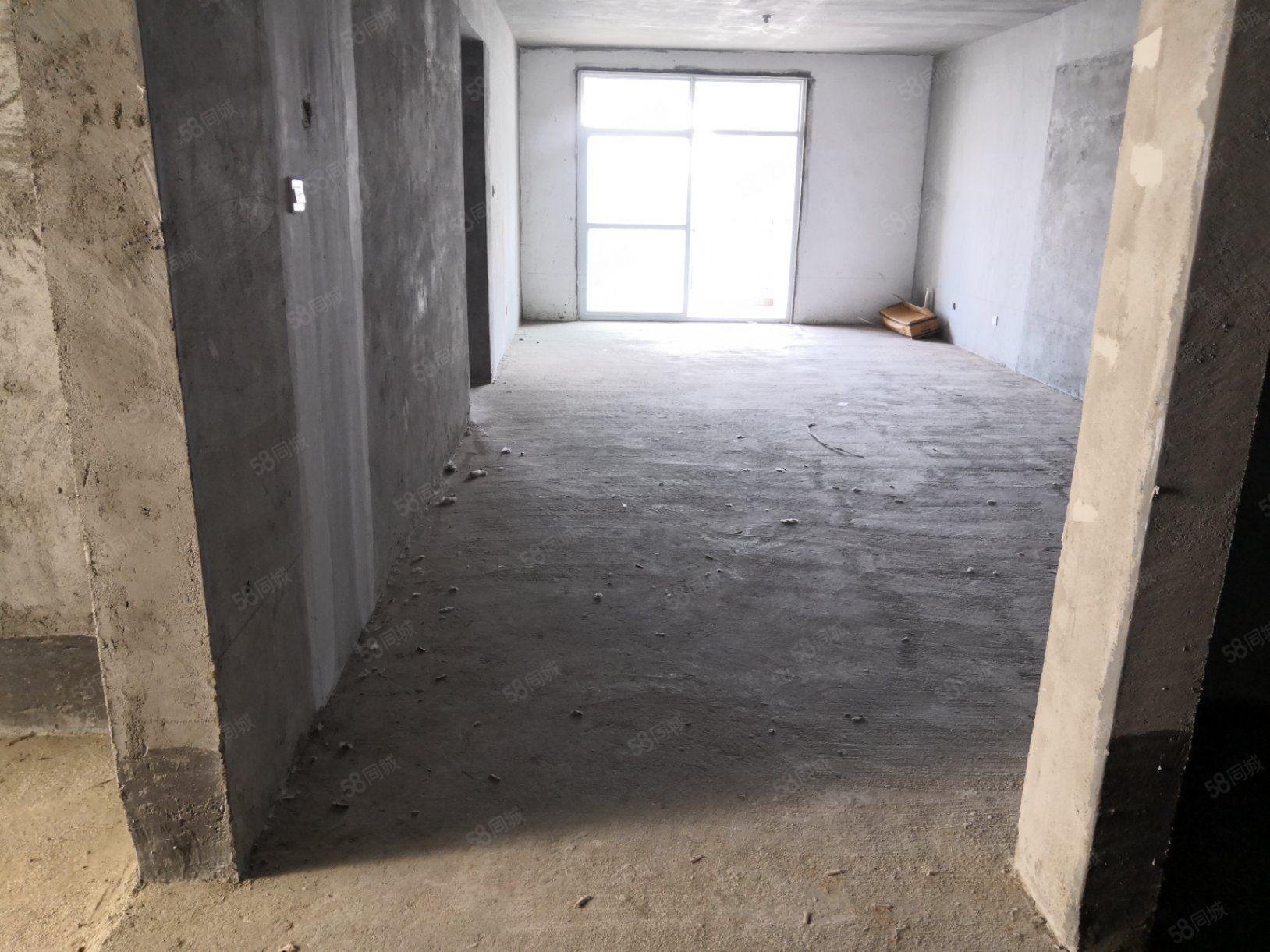 城东学府花园性价比超高的电梯房46万出售