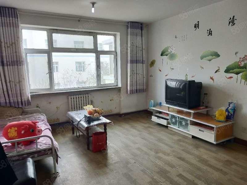 明泰出租步行街附近三室出租,家具家電全拎包入住