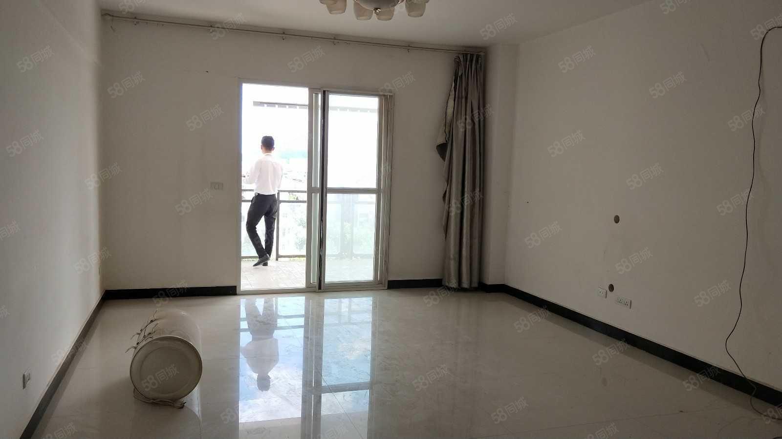 北順城匯通大廈雙證齊全可貸款117平三室歡迎實地看房