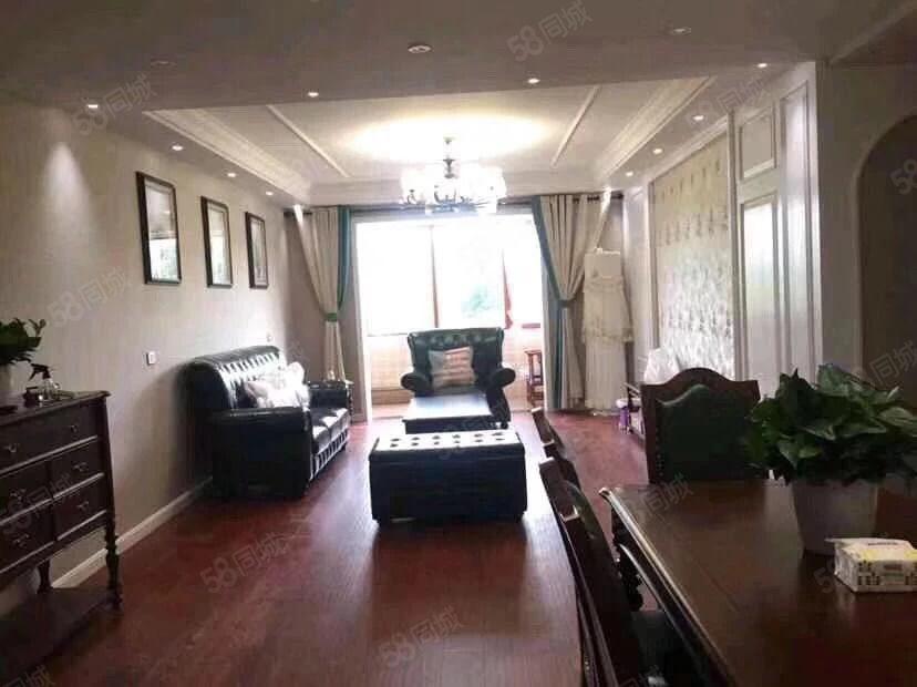 出售桃园西岸住房一套,精装修,低楼层