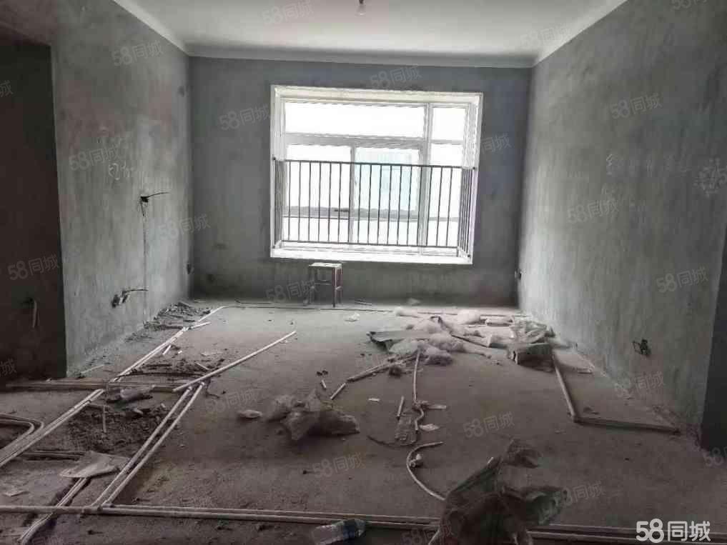 捡漏电梯洋房大三室仅18万采光无敌随时过户看房有钥匙