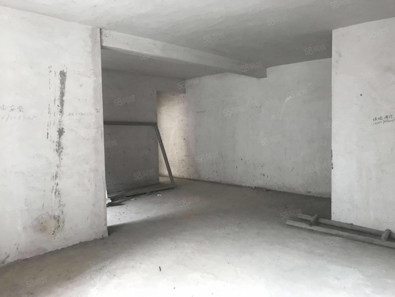 沪阳公寓,三室两厅好房源,诚心出售!