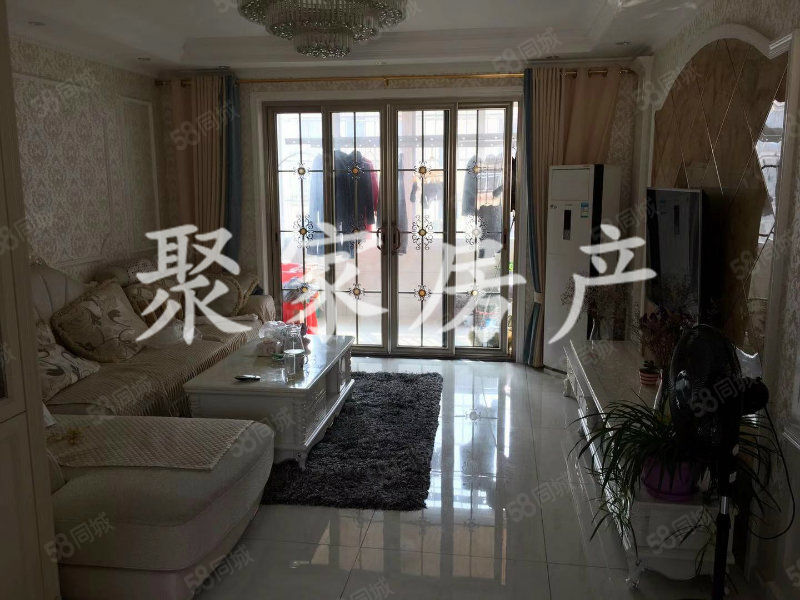 安芯智能港10楼,4室2厅2卫,豪华装修,拎包入住