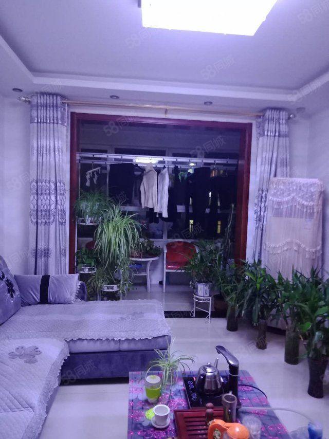 林语国际大三居户型方正好楼层采光通风好豪华装修