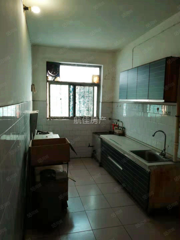 迎宾公寓2楼,热水器空调,配套齐全,看房方便