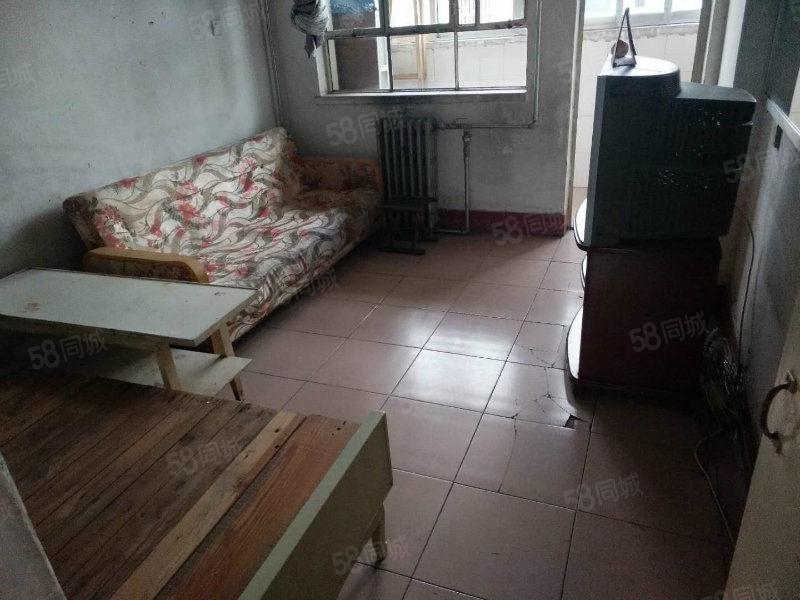 急售桥东苑两室一厅21万就卖带储藏室一套房满五年