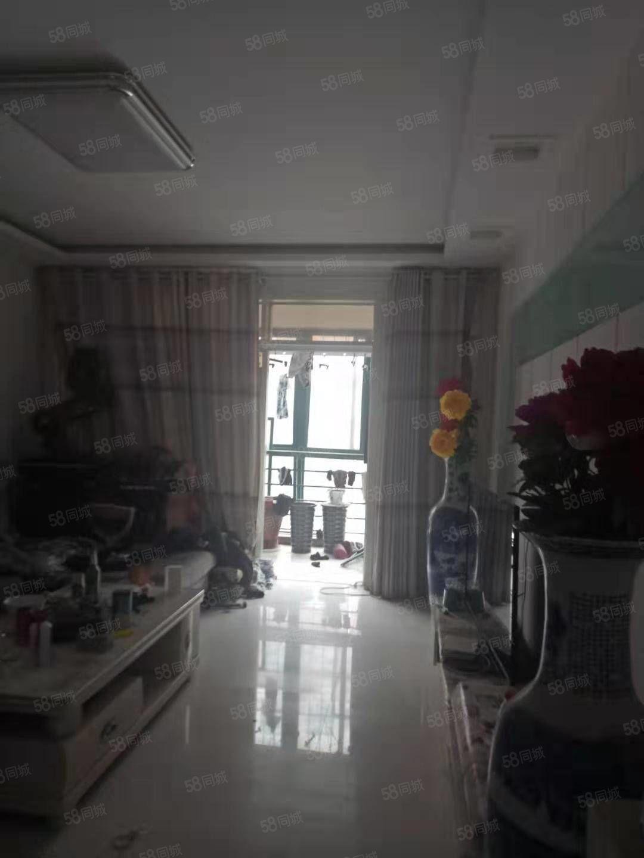 急售老城根步梯二楼三室130平中装68万现直降8万60一口价