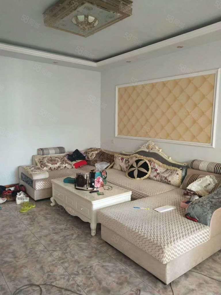 商务区和平路精装两室拎包入住随时看房