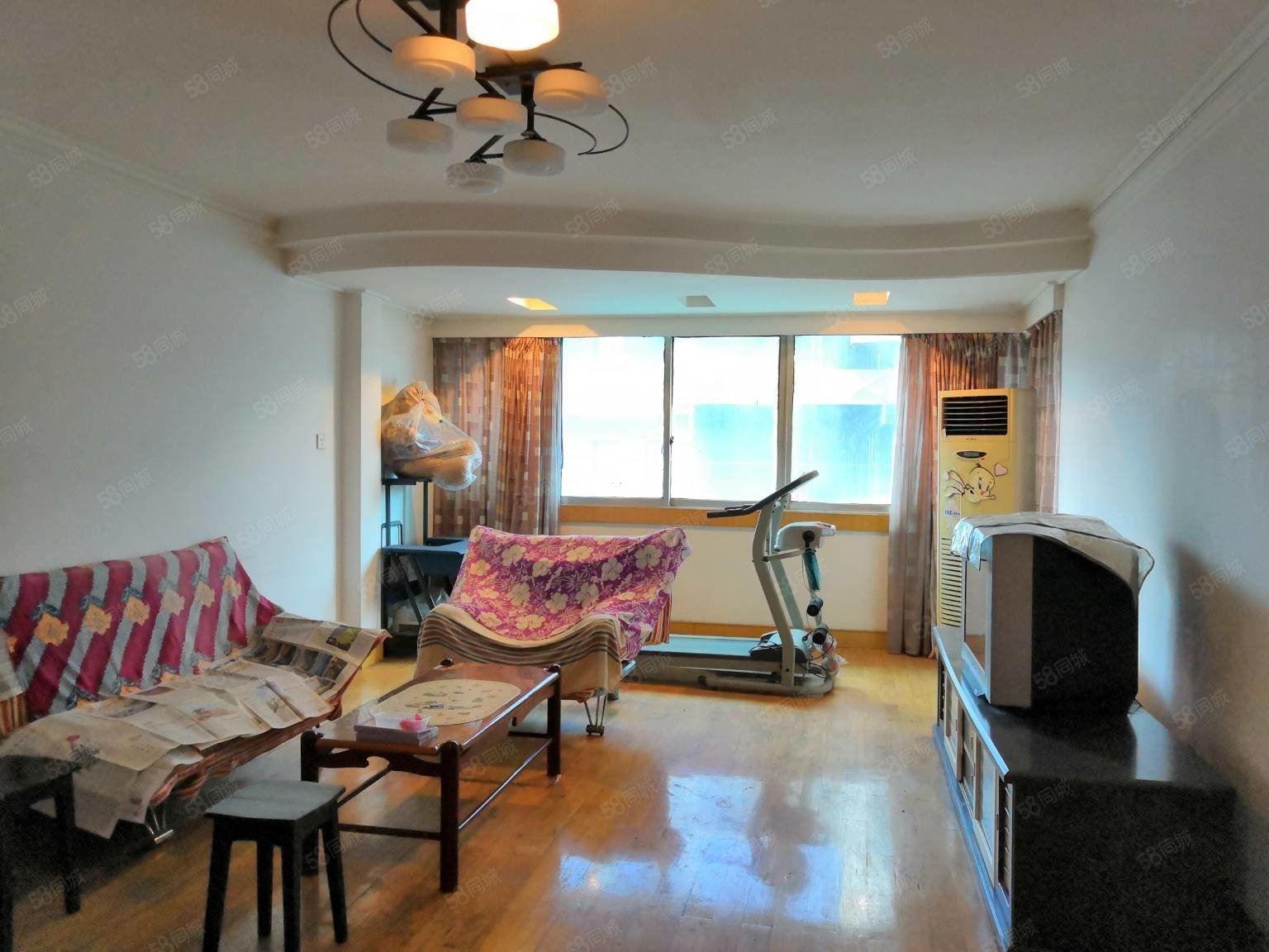 好房出售油榨街东宝花园3室2卫一梯一户仅105万