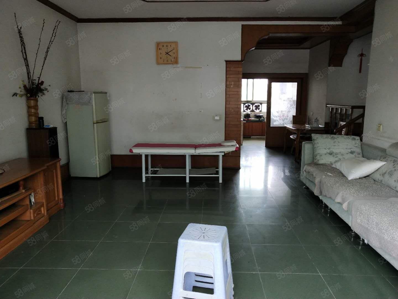 泸县花园干道旁150平方3室2厅2卫住房出租?#25945;?#31354;调