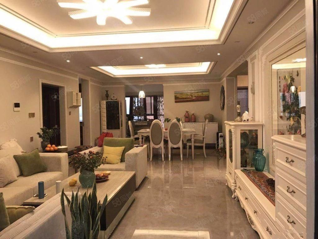 临岸三千城一期豪华装修带全套家具家电带车位好房金沙官方平台