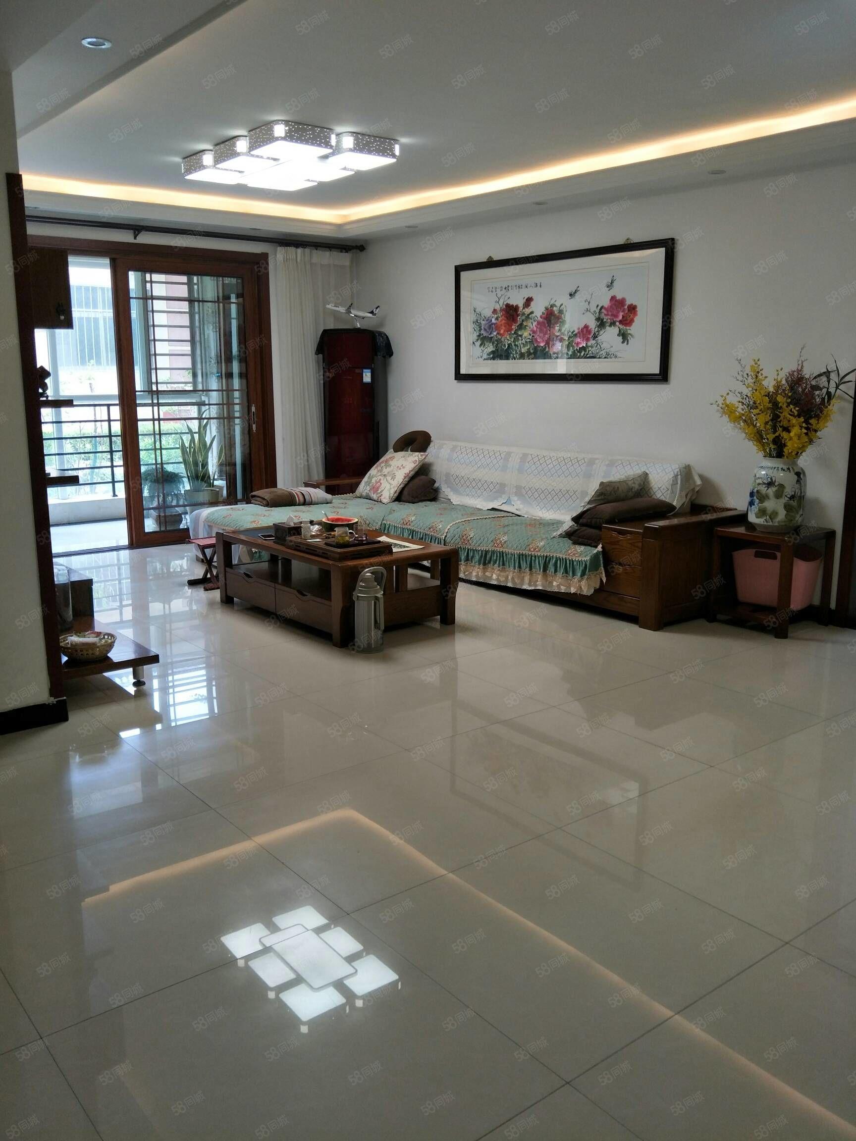 太陽三區4室精裝修帶家具家電拎包入住售價116萬可貸款