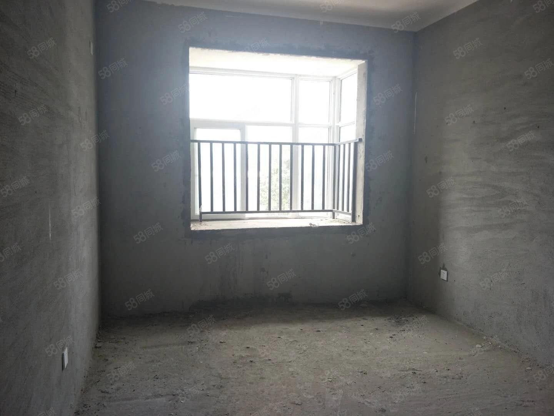 东方威尼斯毛坯两室首付低可按揭