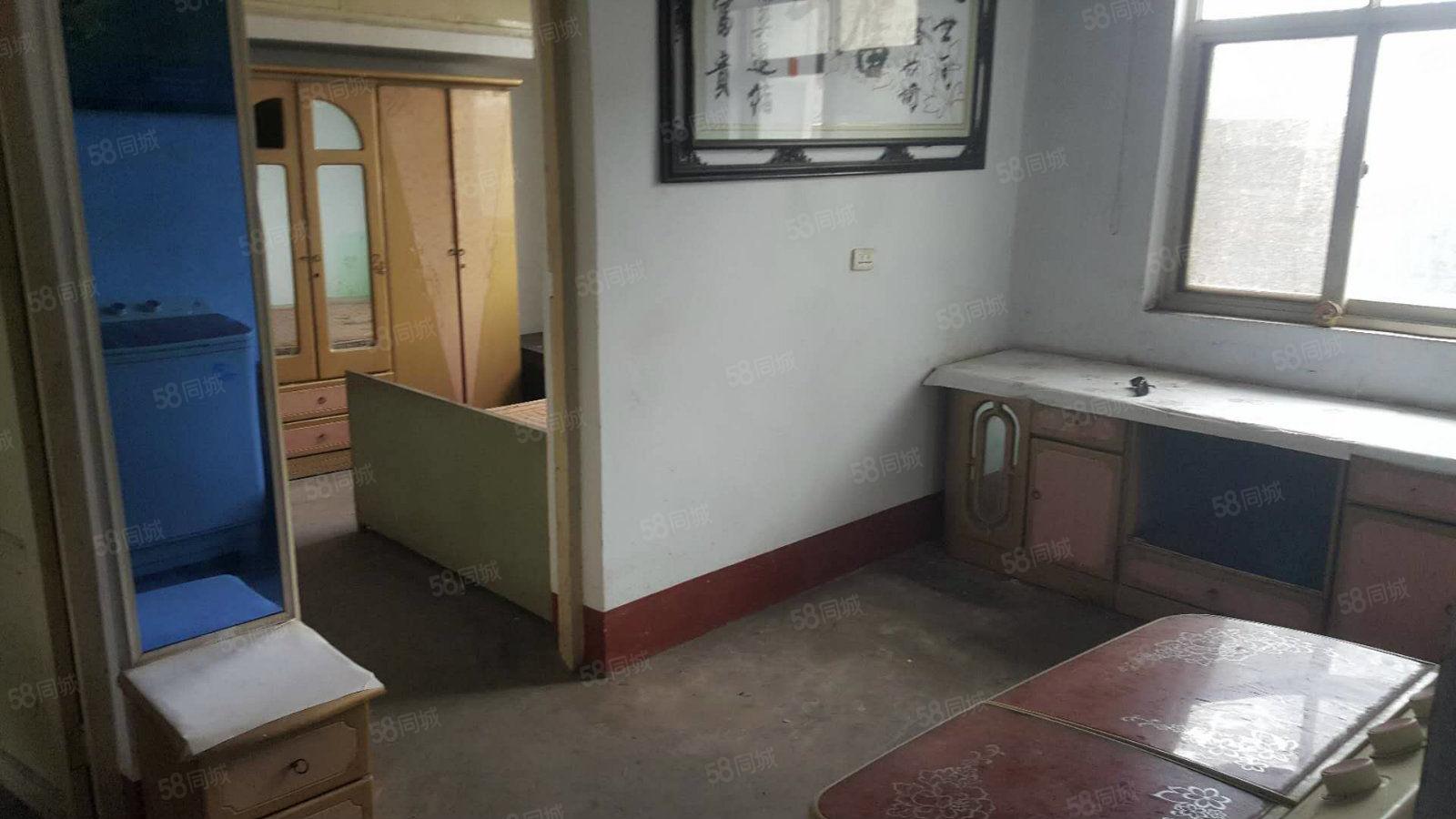 南关社区南邻药厂家属院三室,简装