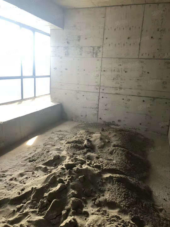 沟口电梯自建房中楼层三房格局沙砖水电表配齐