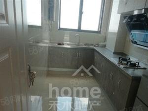 香堤雅郡3室2厅,小区环境优雅,生活设施齐全。