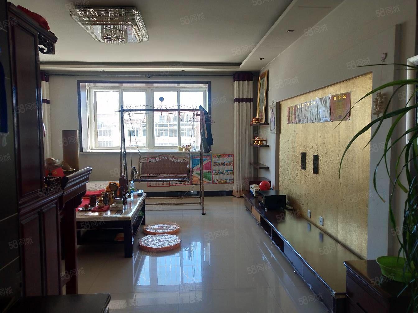 出售锦绣苑六楼有七楼87平米精装修大红本可贷款