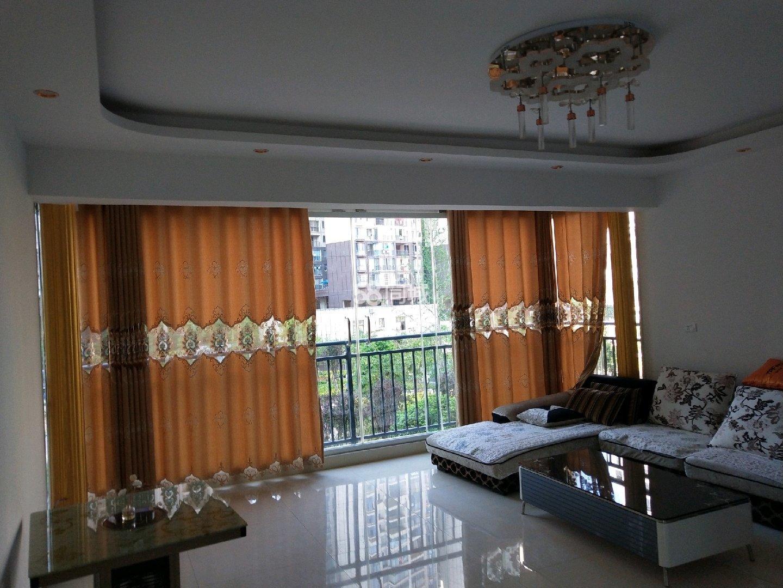 出租东城国际拎包入住2室2厅1卫