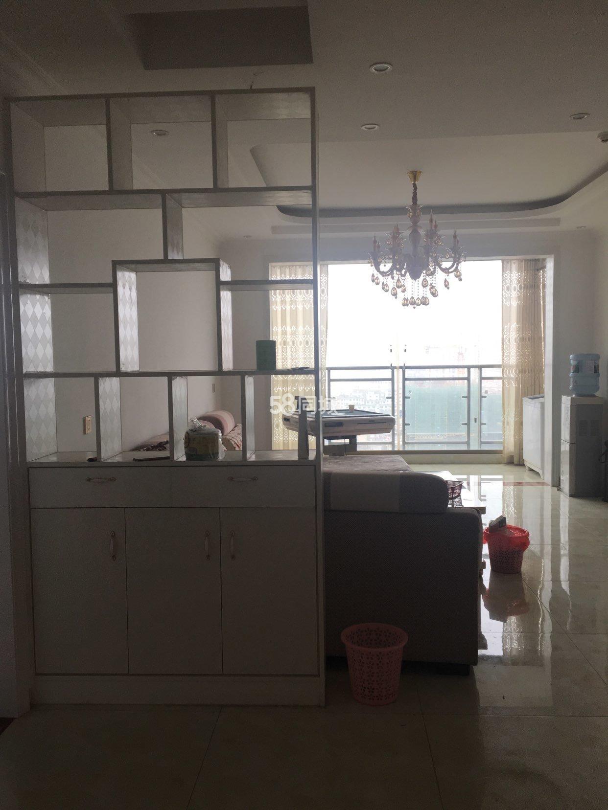 西关坡3室2厅2卫