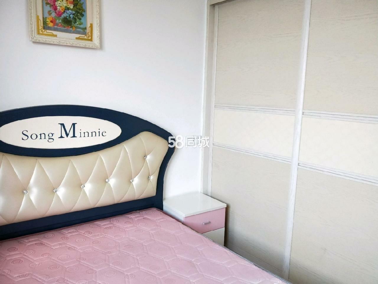 上江城精装新色舒适拎包入环境好2室2厅1卫