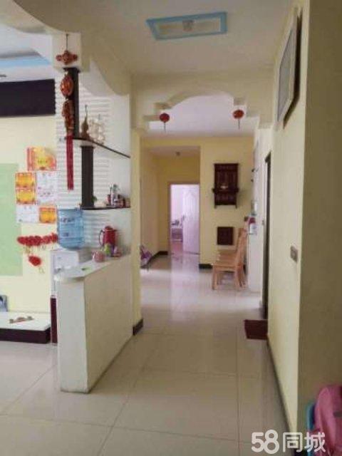 房屋出售,房位于镇远县舞阳镇联合社区(原国策楼123.02)