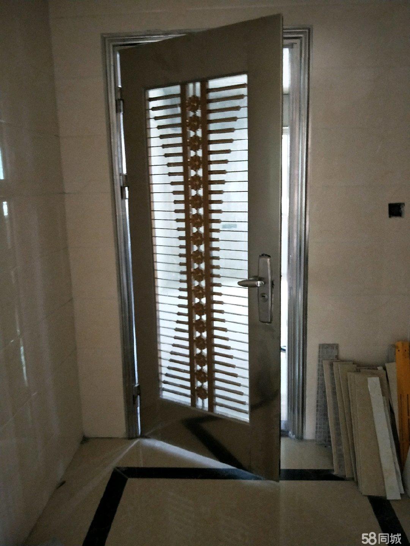 阳光雅居电梯小三房3室2厅1卫