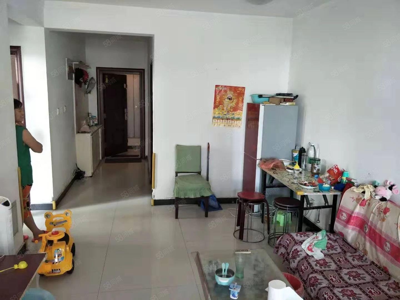 中山绿洲简单装修有房本可贷款赠仓房