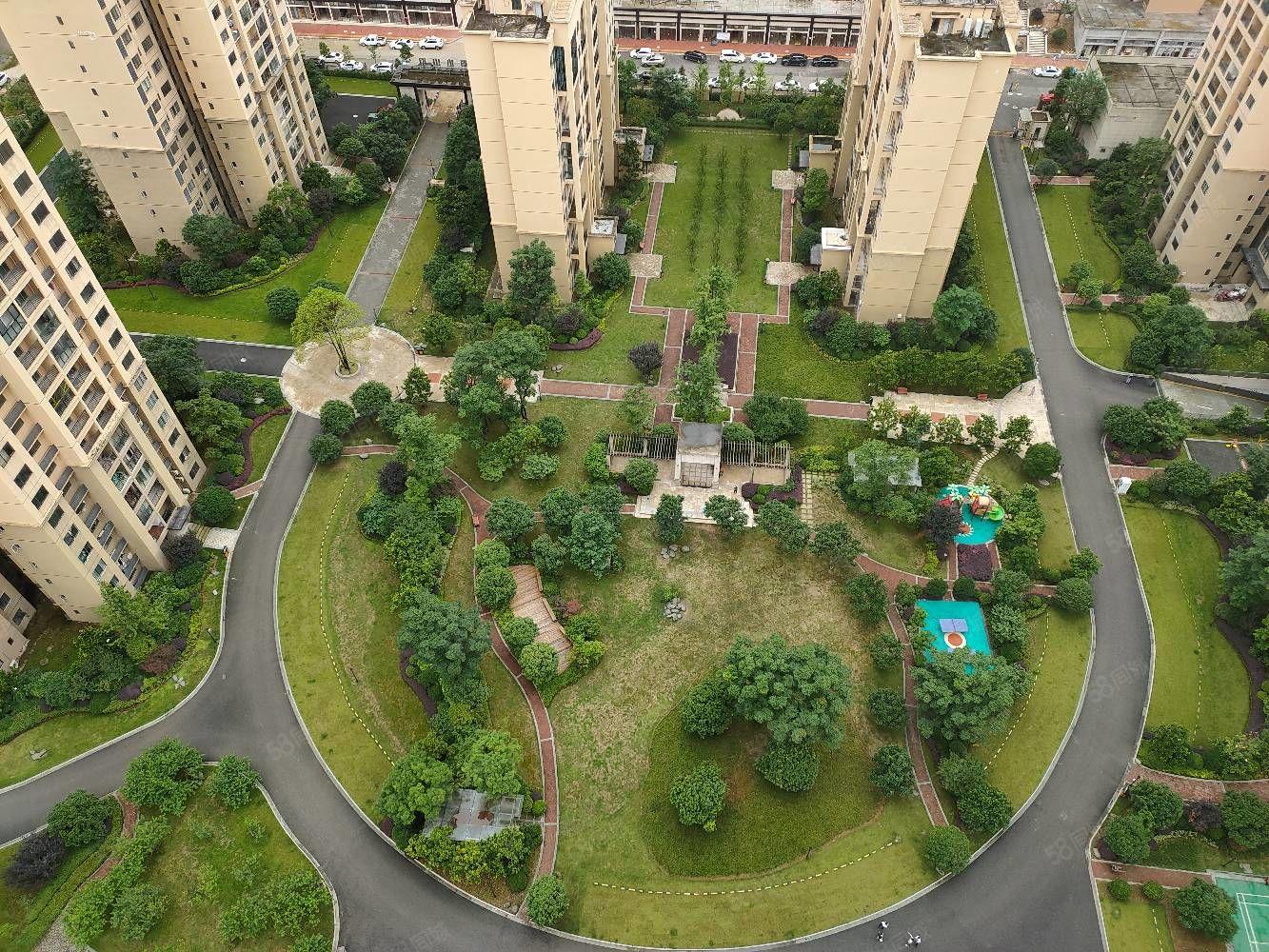 桐达山韵一期,电梯高层客厅朝小区买房送车位