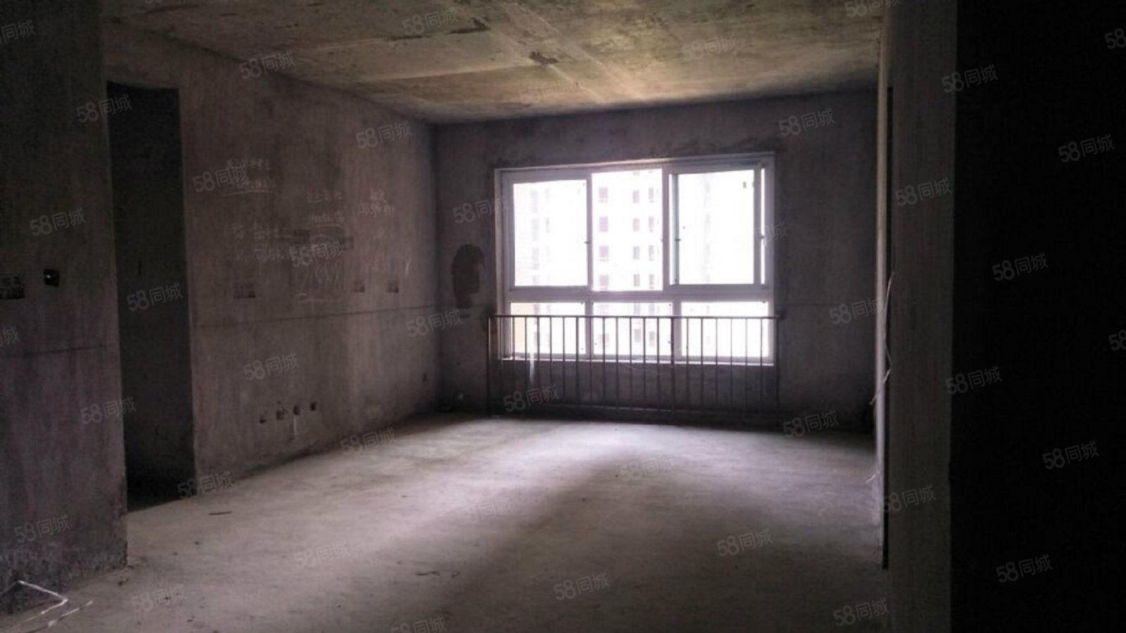 锦绣山河 业主诚心出售 电梯现房 单价仅售4500元一平