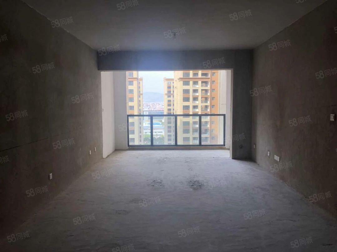 端头福禄瑞园毛坯3房12楼98万急售