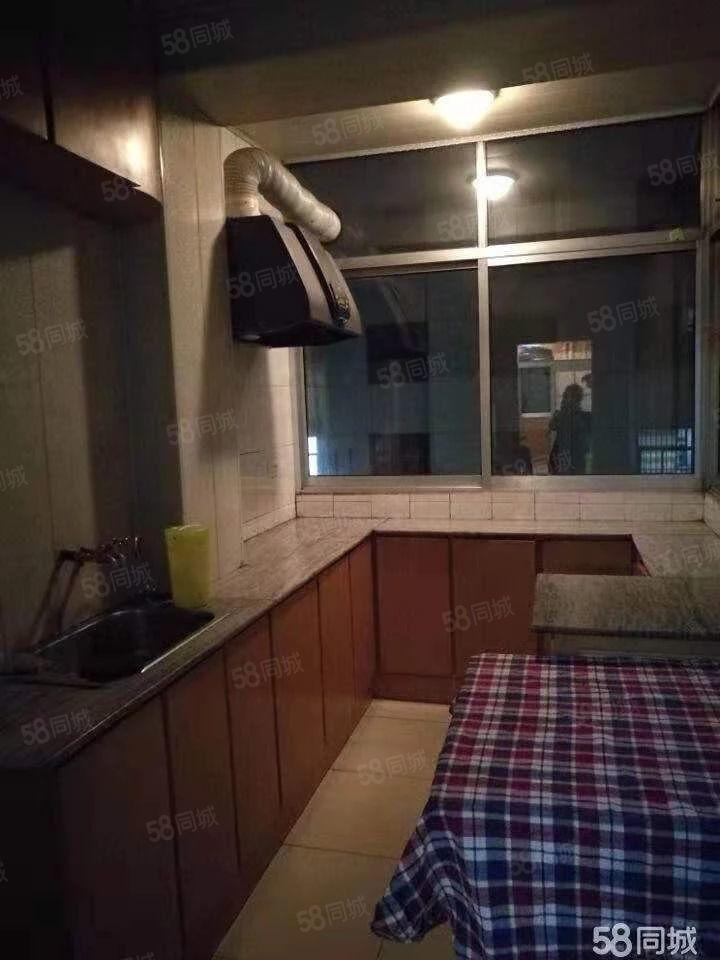 和平东路供水澳门龙虎斗游戏宿舍有房出租