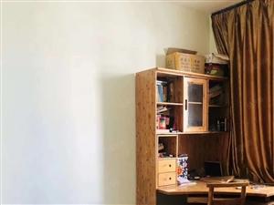 凤麓湖畔全新精装三室带车库实木装修再送实木家具