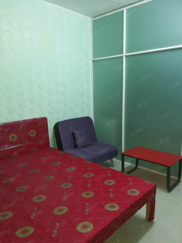 900元便宜出租温馨单身公寓,火车站江华酒店旁一室一厨一卫