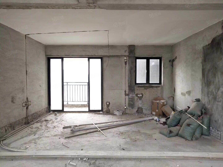 云山诗意,繁华地区,毛坯5房,业主急售128万,单价不过万