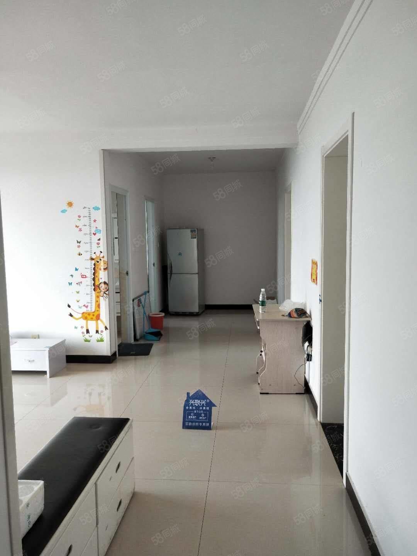 新上优质房源南北通透3室两厅装修了没住几天