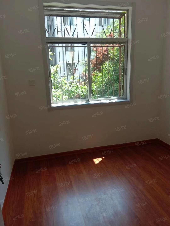 手帕厂宿舍3室两厅精装暖气齐全满五协助2手房贷款