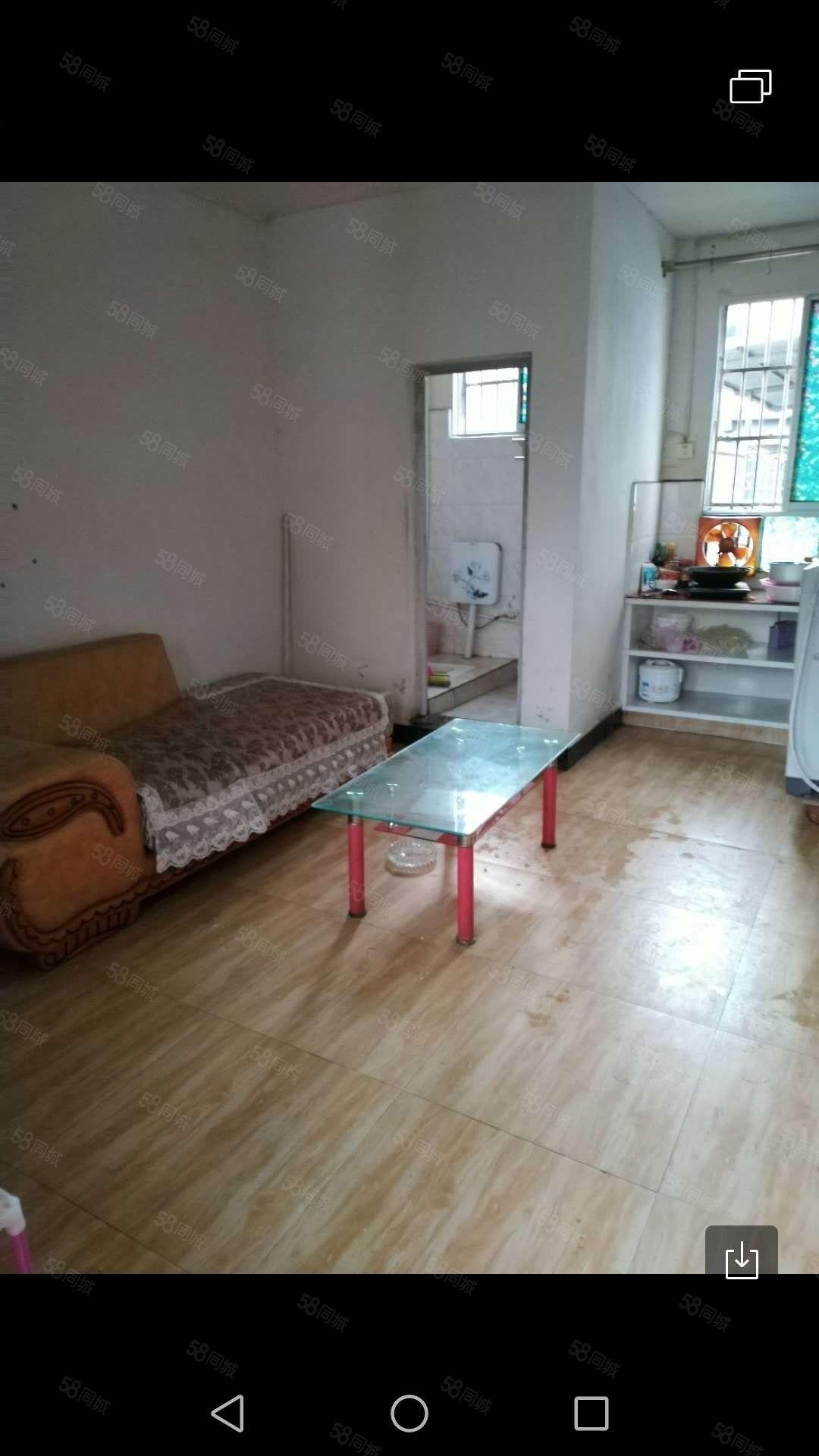 700元特别便宜出租,金滩车站附近一室一厅一厨一卫空调洗衣机