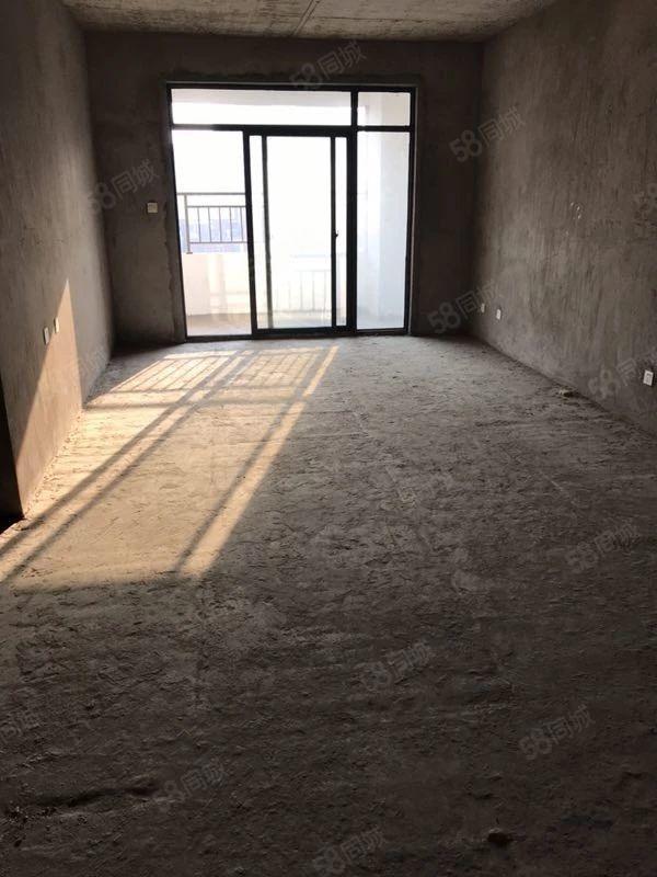 急卖新地名门三室两厅户型通透采光霸气中间楼层
