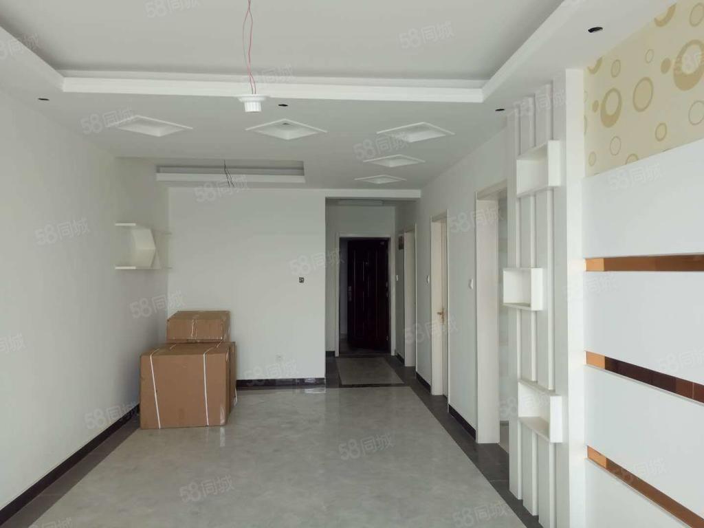 帝華新出白菜價精裝二室,隨買即可入住,樓層好,看好價格可小刀