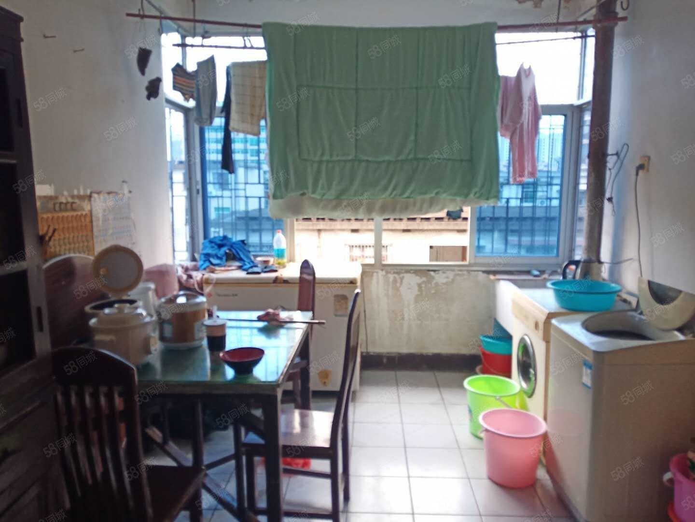 新出!市實幼學位房牡丹新村就此一套3房價低戶型正氣